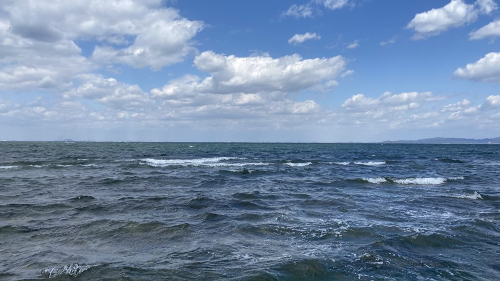 日間賀島 海