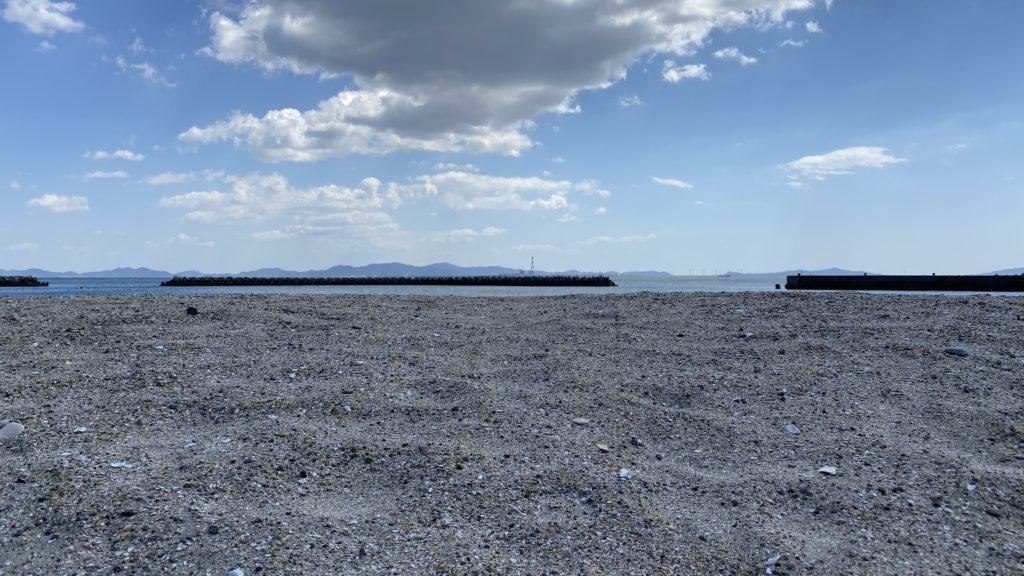 日間賀島 砂浜
