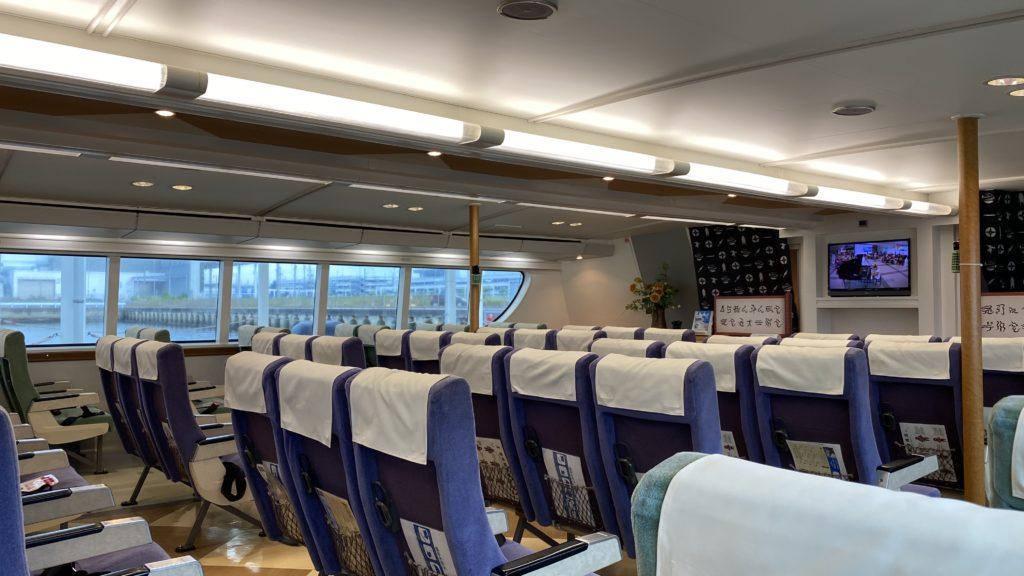セントレア高速船 津エアポートライン 船内