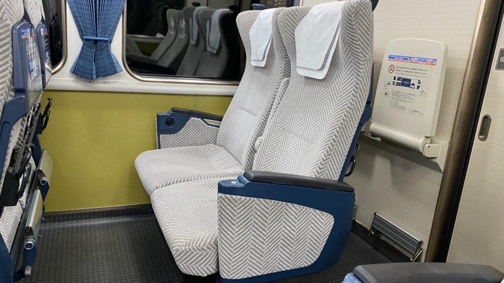 近鉄特急22000系 ACE 座席