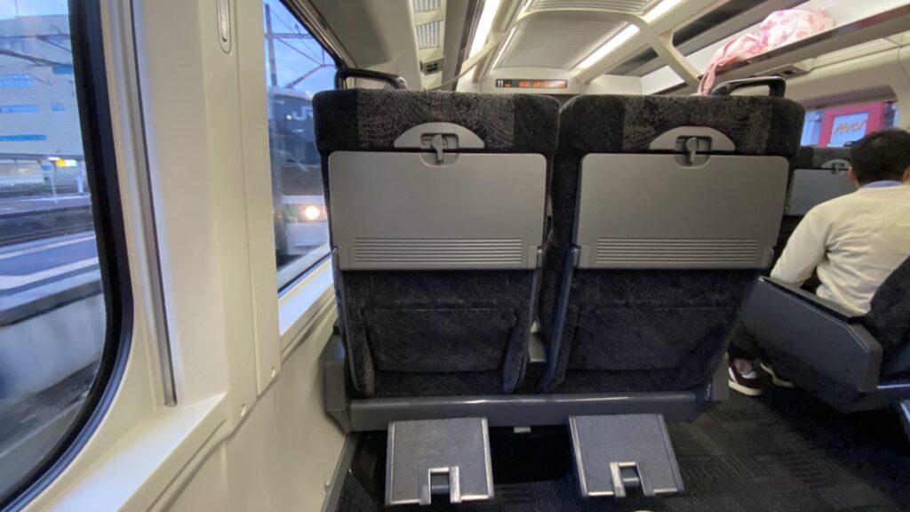 普通車指定席は「元こまちのグリーン車の座席」
