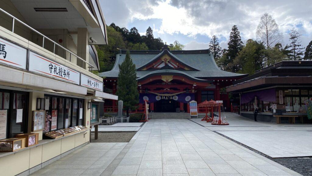 宮城県護国神社(宮城縣護國神社)が隣接
